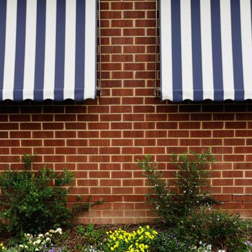 window blinds to avoid bright sunlight
